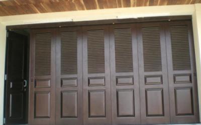 Jual Rolling Door kayu di lampu